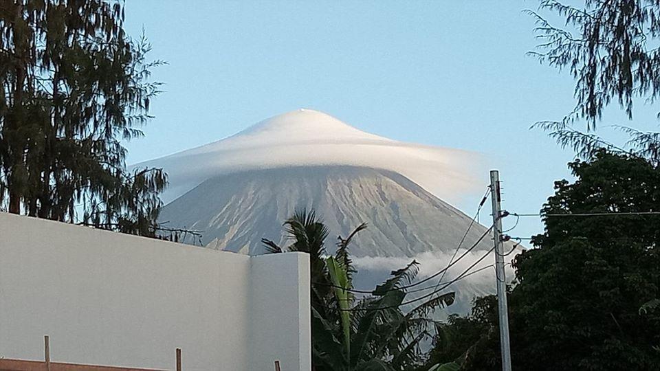 Umbrella' Cloud Over Mayon