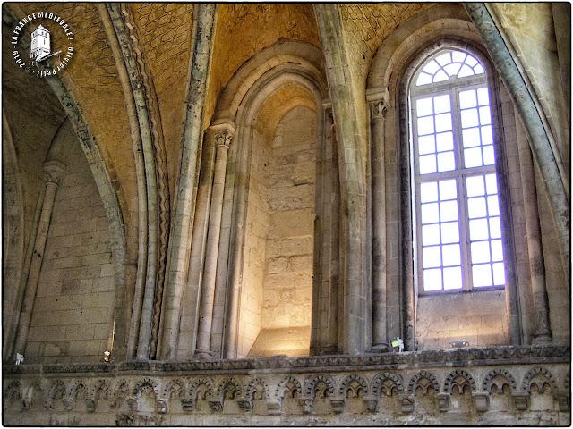SAINT-MARTIN-DE-BOSCHERVILLE (76) - Salle capitulaire de l'abbatiale romane Saint-Georges