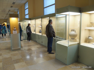 f60611949e The Museum exhibition is organized in chronological and thematic units that  reveal aspects of the public and private life in ancient Athens. Η έκθεση  είναι ...