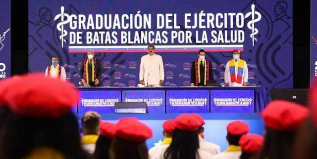 MADURO: EN LOS PRÓXIMOS DÍAS SE VACUNARÁ TODO EL PERSONAL UNIVERSITARIO DEL PAÍS