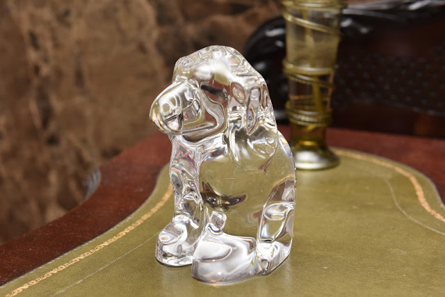 Glass dog; fragile dog