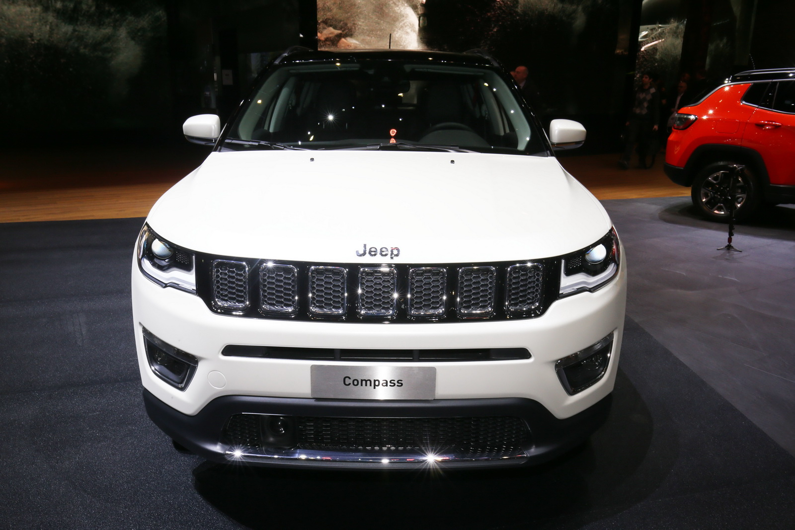 New Euro Spec Jeep Compass Lands In Geneva To Challenge