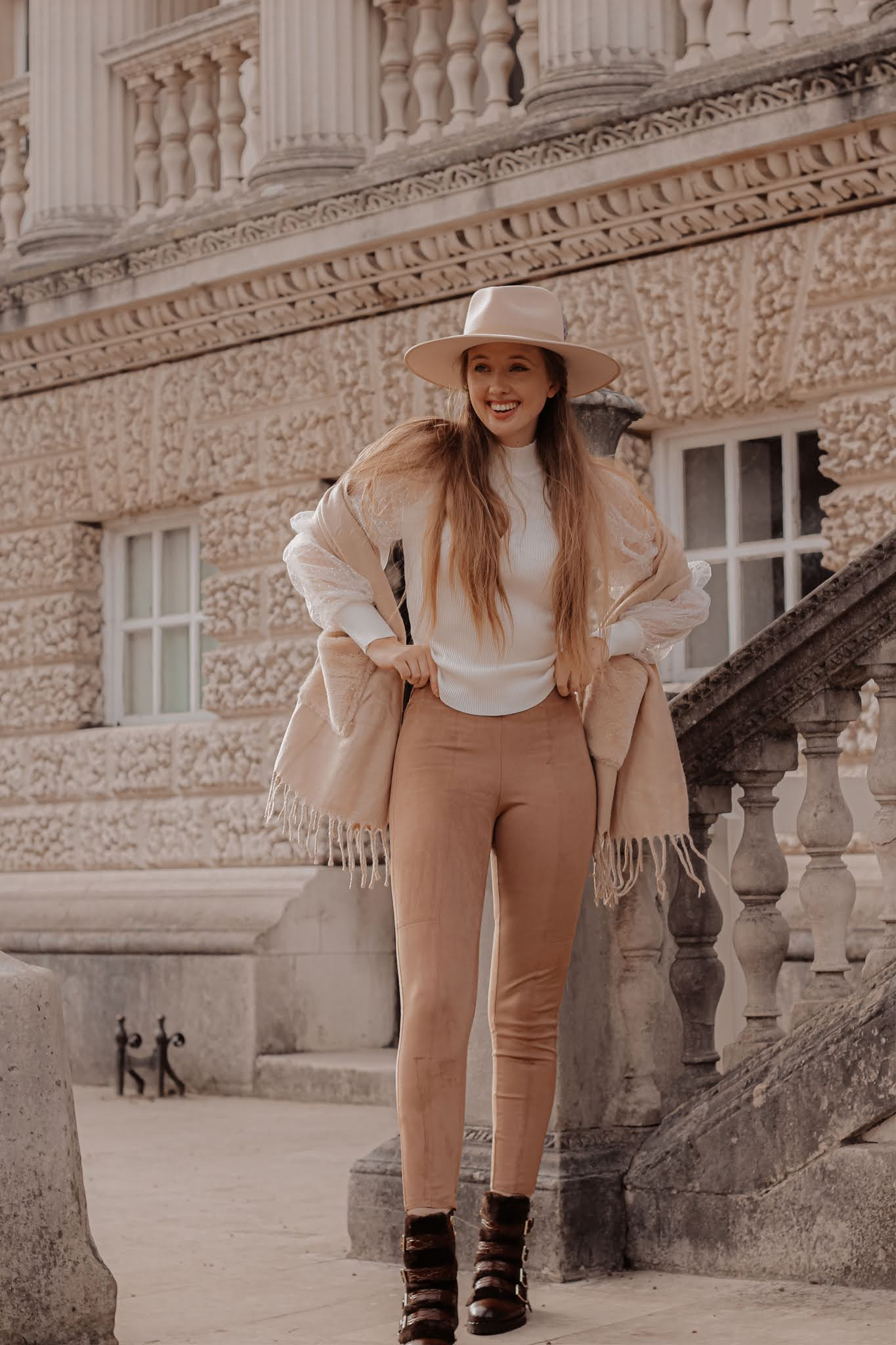 Calzedonia beige suede high waisted leggings