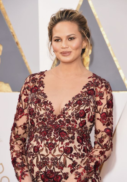 Chrissy Teigen – Oscars 2016 in Hollywood