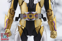 S.H. Figuarts Kamen Rider Thouser 14