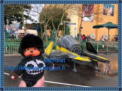 season of the force Star Wars saison de la force c3po r2d2 Chewbacca Disneyland paris vaisseaux monchhichi