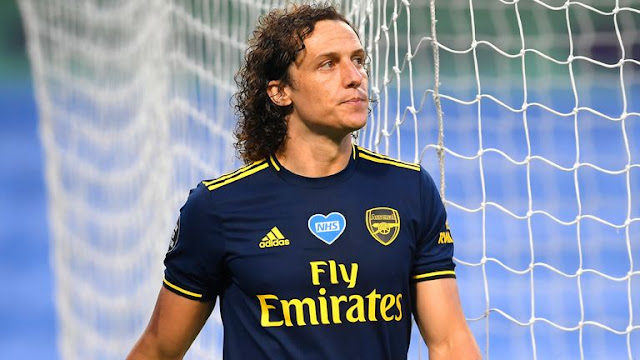 Arsenal David Luiz Receives Red