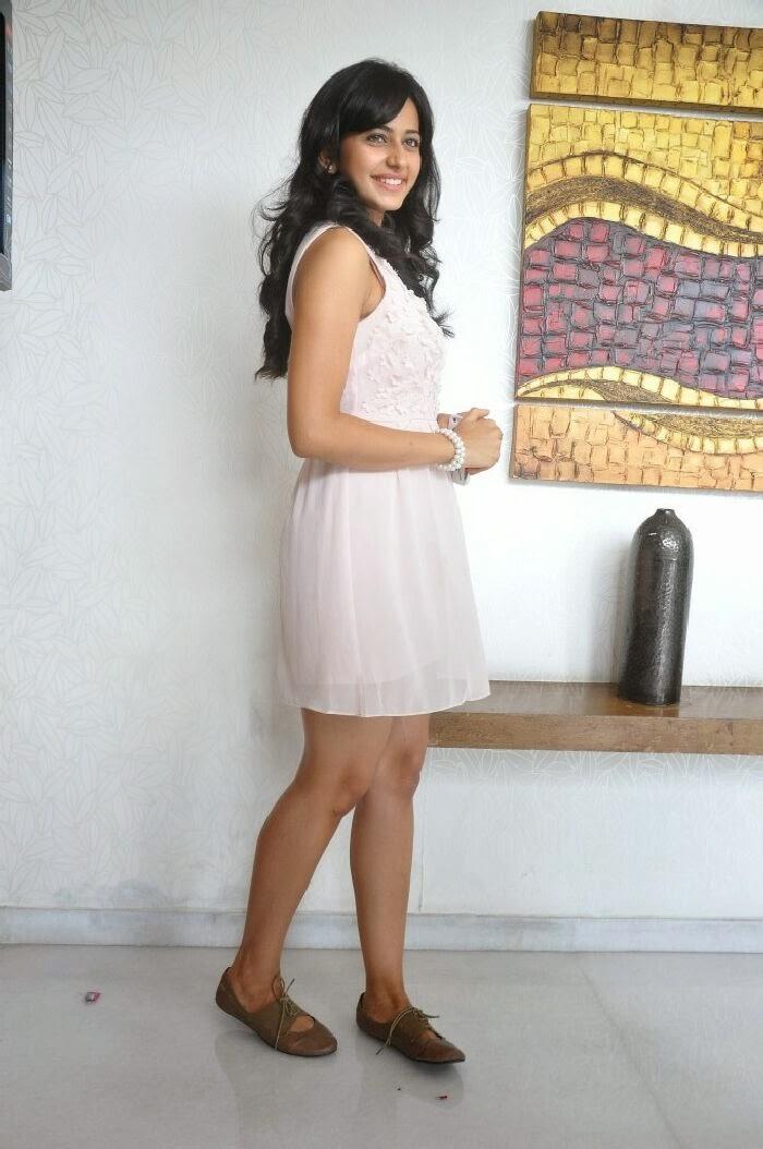 Hot Short Skirt Pics