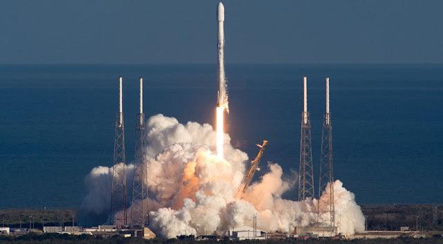 Ілон Маск запустив на орбіту 60 супутників