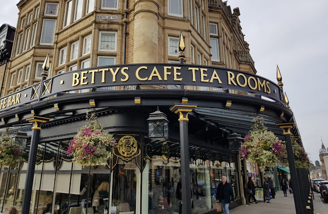AireCon 2018 - Betty's Tea Room | Random Nerdery