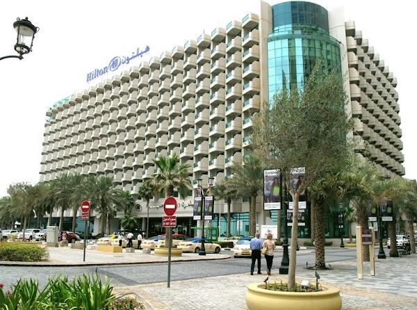وظائف شاغرة  بفنادق ومنتجعات هيلتون  بالإمارات في مختلف التخصصات وبرواتب مجزية
