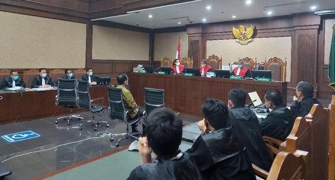 Minta Belas Kasih Hakim, Juliari Batubara: Mohon Akhiri Penderitaan Ini, Bebaskan Saya Pak Hakim