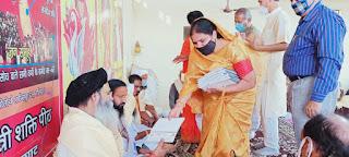 हर महीने की दो तारीख को करवाते है सर्वधर्म की देव कन्याओं का पूजन और भोजन