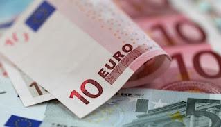 اليورو ينخفض دون مستوى 86 روبلا للمرة الأولى منذ 10 أشهر