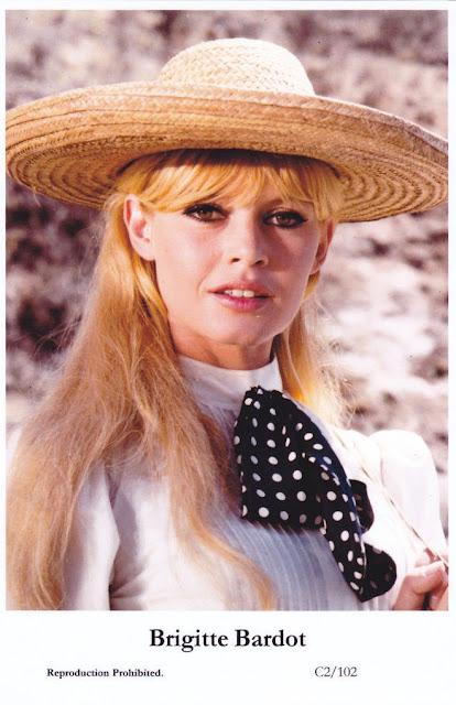 Brigitte Bardot - postcard
