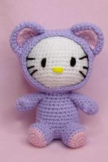 free Hello Kitty crochet pattern