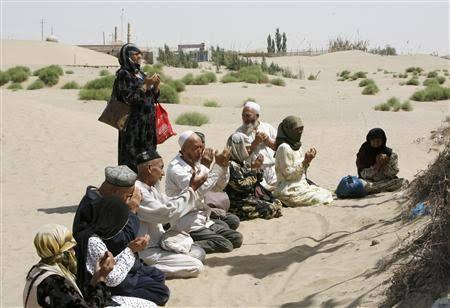 China Dilaporkan Telah Hancurkan Ribuan Masjid di Xinjiang