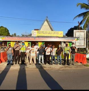 AJOI dan IWO Dua Lembaga Ikatan Turun Kejalan  Bagikan 160 Kotak Takjil