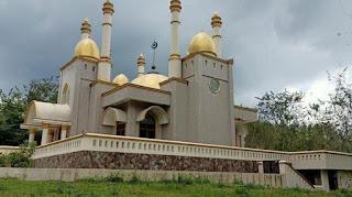 Viral masjid indah ditengah hutan di gowa