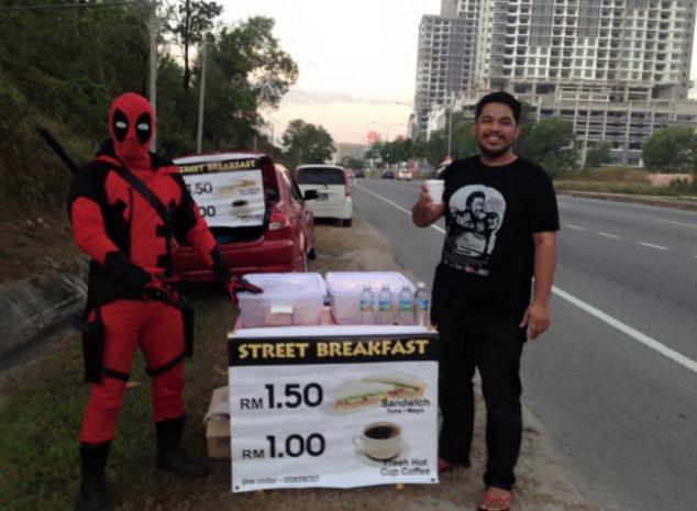 Deadpool Jual Sarapan di Kota Kinabalu, Sabah Tarik Perhatian