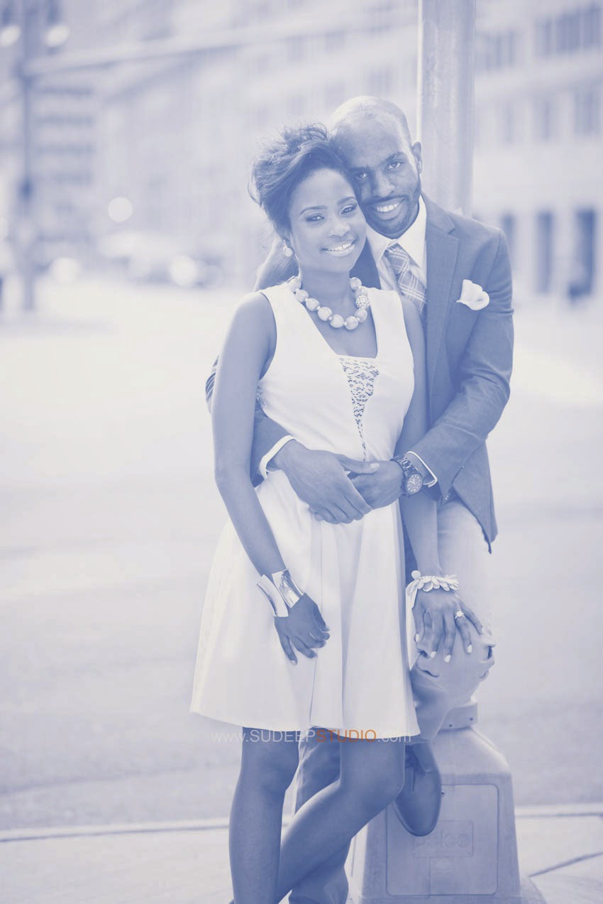 Detroit Engagement Picture Ideas - SudeepStudio.com