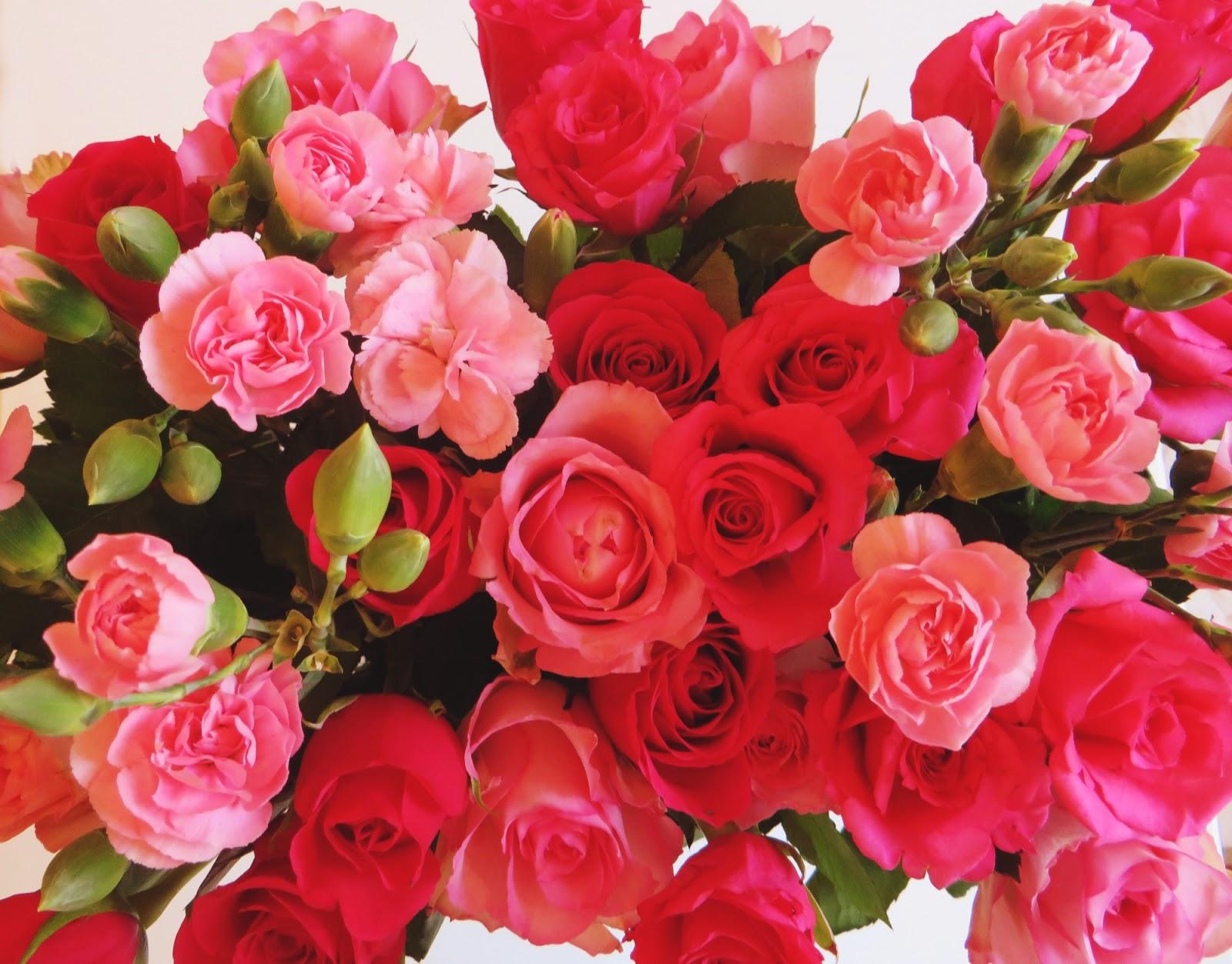 ruusuja, neilikoita, roses, flowers, kukkakimppu