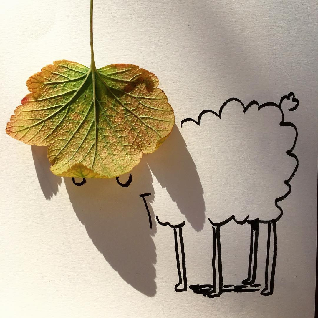 18-Sheep-Vincent-Bal-Drawing-with-Shadows-of-Everyday-Things-www-designstack-co