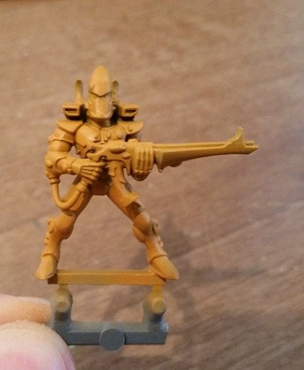 Airbrush & Analog Painting: How To Paint Yellow (like For