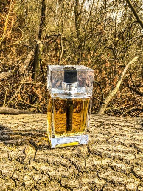 perfumy o zapachu szminki