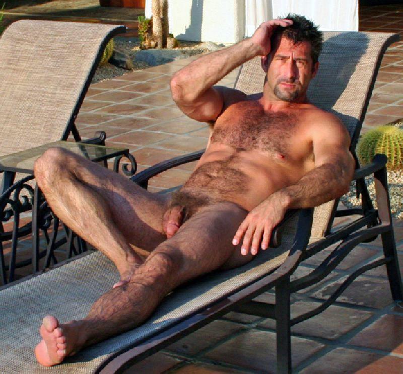 hairy gay escort porno fumando