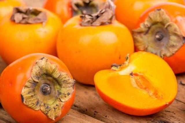 Manfaat dan Efek Samping Buah Kesemek untuk Kesehatan