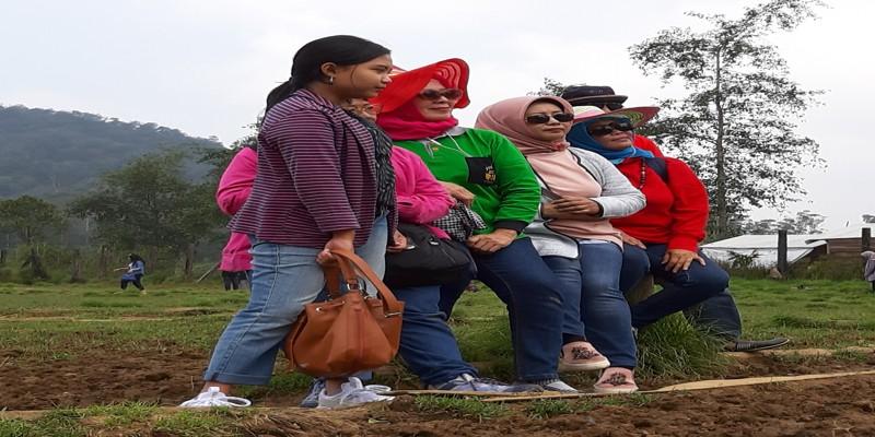 Wisata Kampung Cai Ranca Upas Ciwidey Bandung