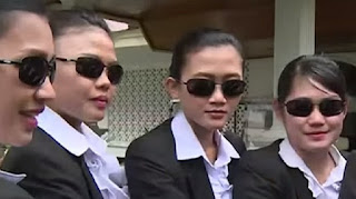 Selalu Waspada, Ini 5 Pesona Paspampres Cantik yang Kawal Presiden Jokowi