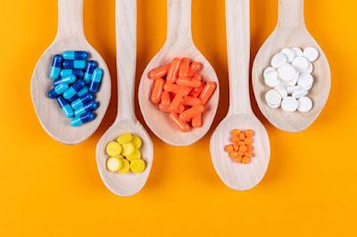 5 Orang yang Butuh Mengonsumsi Suplemen Multivitamin