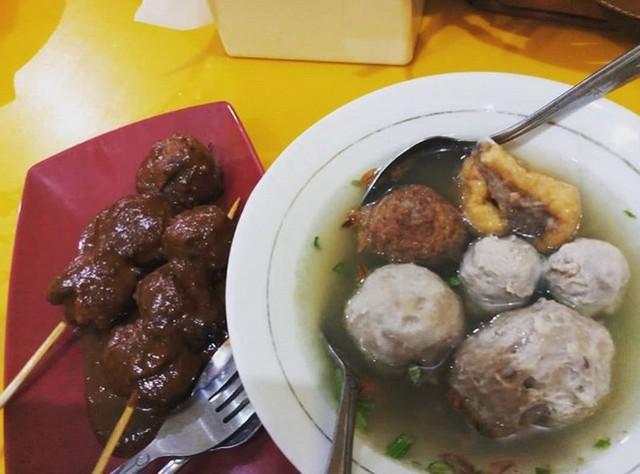 Bakso Probolinggo;5 Kuliner Bakso Enak di Kota Probolinggo;