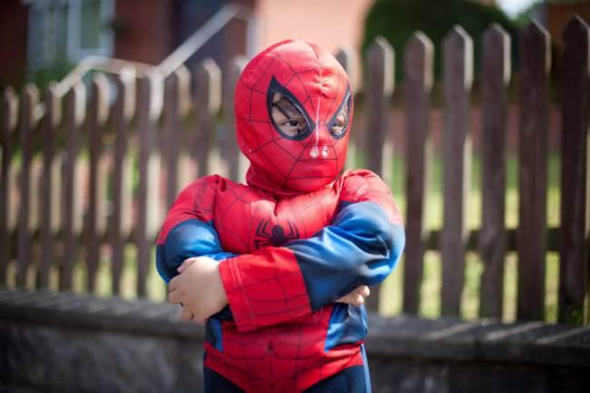 Suka Kabur dari Rumah, Bocah 4 Tahun Ini Dijuluki SpiderBoy
