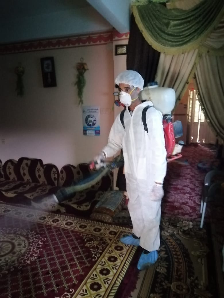 بالصور .. إستمرار أعمال رش وتطهير الشوارع والمنشآت بمدن ومراكز المحافظة