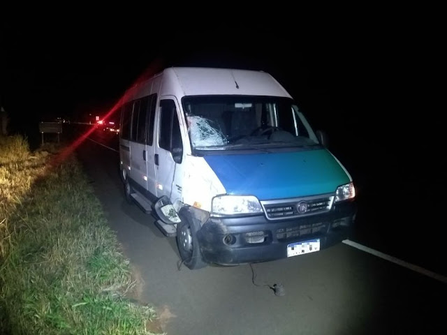 Ciclista de 23 anos morre após bater de frente com micro-ônibus na Rodovia Assis Chateaubriand