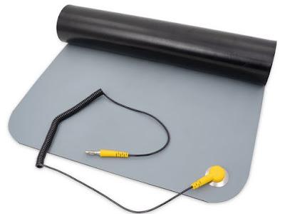 Mat Antistatic - Peralatan Servis HP Profesional Apa Saja?