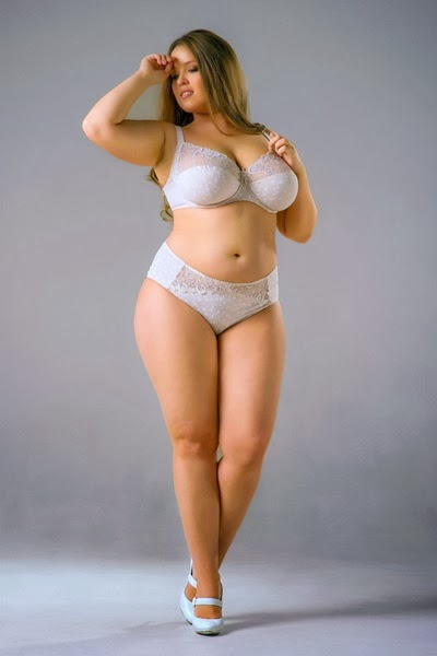Looking the Best Plus Size Lingerie for Attractive Women ...