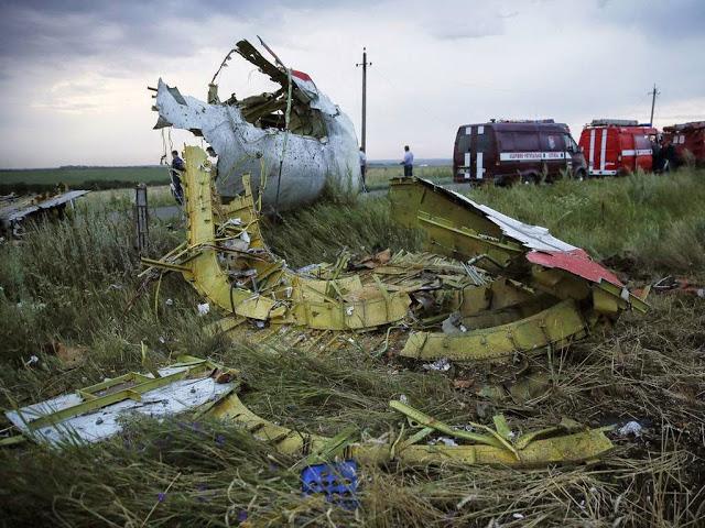 Gambar serta foto MAS MH17 ditembak peluru berpandu
