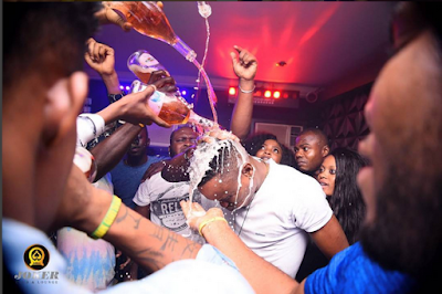 """""""What Economic Crisis?""""; See What These Fun Seekers Did In A Benin Nightclub. Photos"""
