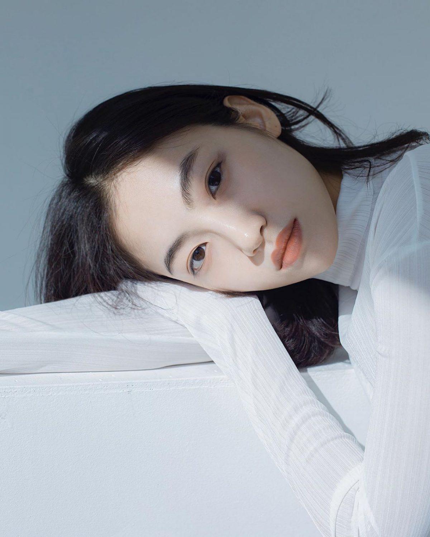 Một làn da trắng sáng, mịn màng không tỳ vết là mong ước của hầu hết phái đẹp.