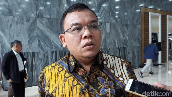 Anggota DPR Nilai Pesan Jokowi soal 'Sok-sokan' Lockdown Ditujukan ke Anies