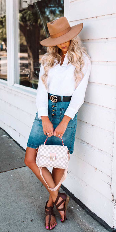 21 Fabulous Fall Outfit Ideas to Start Fall with Style. From work to brunch to date-night, you'll be falling for these ideas that will suit your every need. Women's Style + Fashion via higiggle.com | Skirt Outfits | #fall #winter #outfits #skirt