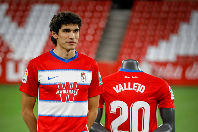Real Madrid willing to sell only 50% of vallejo's right to Granada