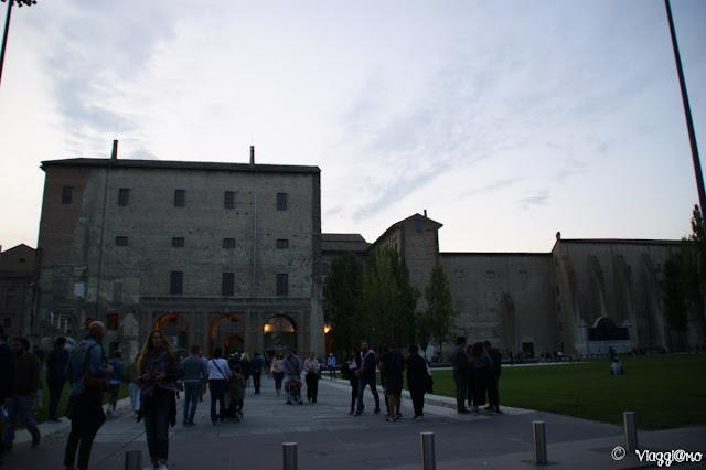 Vista di parte di Piazza della Pace di Parma