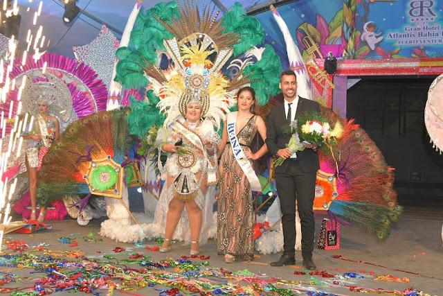 Reina%2BCorralejo. reina%2B%25282%2529 - Fuerteventura.- Desiree Carballo  Reina del Carnaval de La Oliva 2020  en una gala multitudinaria e integradora