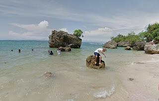 http://www.teluklove.com/2017/02/destinasti-objek-wisata-pantai-padang.html