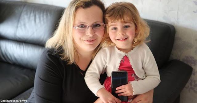 2-летняя девочка спасла маму от смерти с помощью Facebook